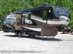 Used 2011  Coachmen Brookstone 350RL by Coachmen from RV Outlet USA in Ringgold, VA