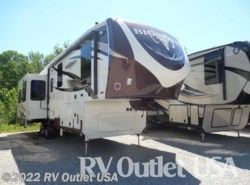 New 2017  Heartland RV Bighorn 3270RS by Heartland RV from RV Outlet USA in Ringgold, VA