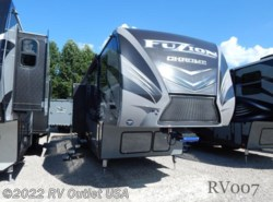 New 2017  Keystone Fuzion 423 Chrome by Keystone from RV Outlet USA in Ringgold, VA