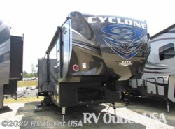 New 2017  Heartland RV Cyclone 3110 HD by Heartland RV from RV Outlet USA in Ringgold, VA