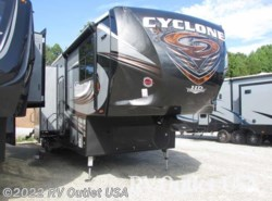 New 2017  Heartland RV Cyclone 4250 HD by Heartland RV from RV Outlet USA in Ringgold, VA