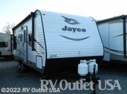 New 2017  Jayco Jay Flight SLX 212QBW by Jayco from RV Outlet USA in Ringgold, VA