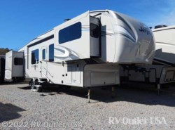New 2017  Jayco Eagle 339FLQS by Jayco from RV Outlet USA in Ringgold, VA