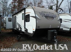 Used 2016  Forest River Wildwood 38RLTS by Forest River from RV Outlet USA in Ringgold, VA