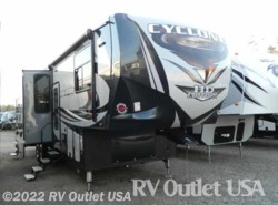 New 2017  Heartland RV Cyclone 3513 HD by Heartland RV from RV Outlet USA in Ringgold, VA