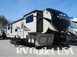 New 2017  Keystone Montana High Country 381TH by Keystone from RV Outlet USA in Ringgold, VA