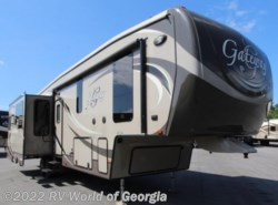 Used 2014  Heartland RV  3200RS by Heartland RV from RV World of Georgia in Buford, GA