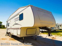 Used 2004  Dutchmen  Adirondack - 27RL by Dutchmen from Texas RV Outlet in Willow Park, TX