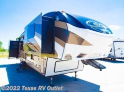Used 2015  Miscellaneous  Cougar RV 337FLS  by Miscellaneous from Texas RV Outlet in Willow Park, TX