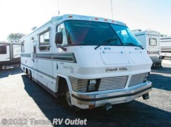 Used 1986  Foretravel Grand Villa  by Foretravel from Texas RV Outlet in Willow Park, TX