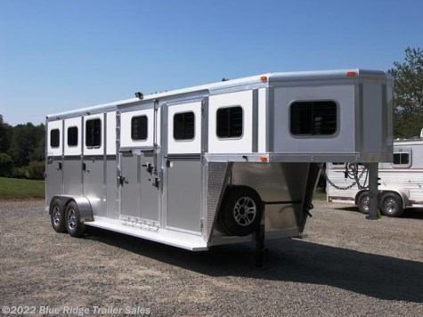 2018 River Valley 2 + 1 GN Carriage Trailer w/Dress