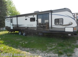 New 2017  Heartland RV Trail Runner TR 39 QBBH by Heartland RV from Scenic Traveler RV Centers in Slinger, WI
