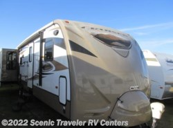 Used 2013  CrossRoads Cruiser CT-30REX by CrossRoads from Scenic Traveler RV Centers in Baraboo, WI