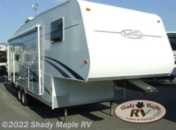 Used 2006  R-Vision  Trail Vision 526RL by R-Vision from Shady Maple RV in East Earl, PA