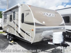 New 2016  Shasta Flyte 215CK by Shasta from Sherman RV Center in Sherman, MS