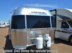 New 2017  Airstream International Signature 27FB QUEEN by Airstream from Southaven RV & Marine in Southaven, MS