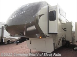 Used 2016  Grand Design Solitude 326X by Grand Design from Spader's RV Center in Sioux Falls, SD