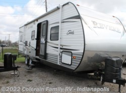 Used 2014  Shasta Revere 27BH by Shasta from Colerain RV of Indy in Indianapolis, IN