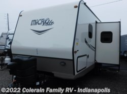 Used 2016  Forest River Flagstaff Micro Lite 21DS by Forest River from Colerain RV of Indy in Indianapolis, IN
