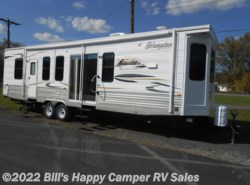 Used 2012  CrossRoads Hampton HT350FK by CrossRoads from Bill's Happy Camper RV Sales in Mill Hall, PA