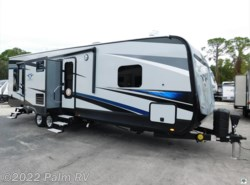New 2017 Highland Ridge Highlander 31RGR available in Fort Myers, Florida
