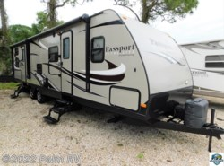 Used 2015 Keystone Passport 3220BH available in Fort Myers, Florida