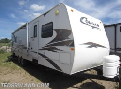 Used 2007  Keystone Cougar 302RLS by Keystone from Ted's RV Land in Paynesville, MN