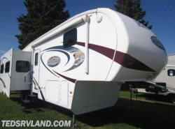 Used 2010  Keystone Montana Mountaineer 305RLT by Keystone from Ted's RV Land in Paynesville, MN
