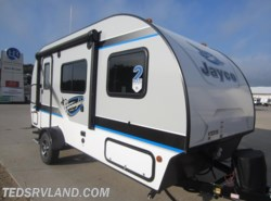 New 2017  Jayco Hummingbird 17RB by Jayco from Ted's RV Land in Paynesville, MN