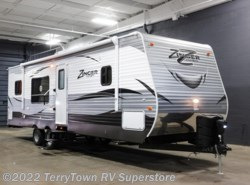 New 2017  CrossRoads Zinger ZT30RK by CrossRoads from TerryTown RV Superstore in Grand Rapids, MI