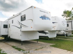 Used 2003  Winnebago  SunnyBrook 3250RD by Winnebago from TerryTown RV Superstore in Grand Rapids, MI