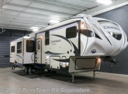 New 2017  Coachmen Chaparral 371MBRB by Coachmen from TerryTown RV Superstore in Grand Rapids, MI