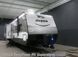 New 2017  Jayco Jay Flight 33RBTS by Jayco from TerryTown RV Superstore in Grand Rapids, MI