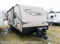 Used 2013  Dutchmen Kodiak 242RESL by Dutchmen from TerryTown RV Superstore in Grand Rapids, MI