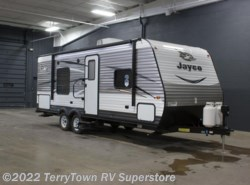 New 2017  Jayco Jay Flight 23RB by Jayco from TerryTown RV Superstore in Grand Rapids, MI
