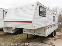 Used 2005  R-Vision  Bantam Flier F18 by R-Vision from TerryTown RV Superstore in Grand Rapids, MI