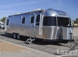 New 2017  Airstream Classic 30AWB by Airstream from Lazydays in Tucson, AZ