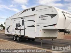 Used 2012  Forest River Rockwood Signature Lite 8281SS by Forest River from Lazydays in Tucson, AZ