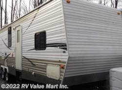Used 2007  Forest River  Cherooke 31Z by Forest River from RV Value Mart Inc. in Lititz, PA