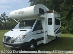Used 2011 Thor Motor Coach Freedom Elite 23S (in Summerville, SC) available in Salisbury, Maryland