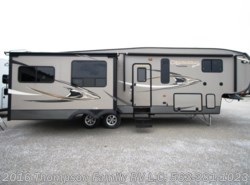 Used 2014  Coachmen  CHAPPARAL 331MKS by Coachmen from Thompson Family RV LLC in Davenport, IA
