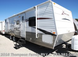 Used 2011  CrossRoads Zinger ST-300-KB by CrossRoads from Thompson Family RV LLC in Davenport, IA