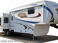 Used 2011  Dutchmen Grand Junction 340RL