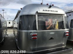 New 2017  Airstream Flying Cloud 25FB by Airstream from www.RVToscano.com in Los Banos, CA