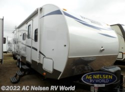 Used 2015  CrossRoads  BOUNDRY WATERS 272BH by CrossRoads from AC Nelsen RV World in Shakopee, MN