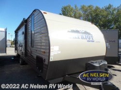 New 2017  Forest River Cherokee Cascade 26CKSE by Forest River from AC Nelsen RV World in Shakopee, MN