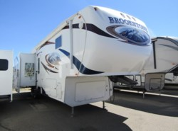 Used 2010  Coachmen Brookstone 366RE