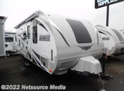 New 2017  Lance  Travel Trailers 1985 by Lance from U-Neek RV Center in Kelso, WA