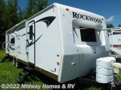 Used 2011  Forest River Rockwood Signature Ultra Lite 8314BSS by Forest River from Midway Homes & RV in Grand Rapids, MN