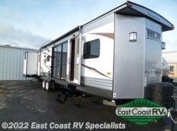 New 2016  Forest River Wildwood DLX 402QBQ